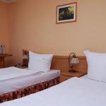 Pokój dwuosobowy twin w Hotelu Trzy Światy Gliwice