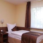 lozko w Hotelu Trzy Światy w Gliwicach
